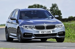 BMW 5 Series Touring, 2017, front
