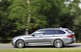 BMW 5 Series Touring, 2017, side