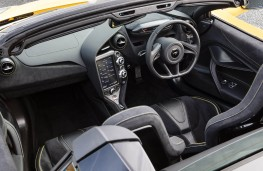 McLaren 720S, 2017, interior