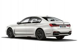 BMW 745e, 2019, rear