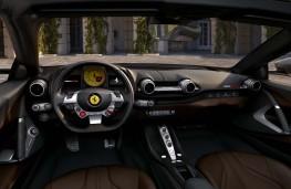 Ferrari 812 GTS, 2019, interior