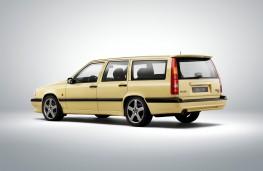 Volvo 850 estate, rear