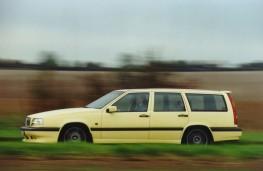 Volvo 850 estate, side