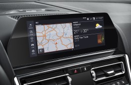 BMW 8 Series Convertible, 2019, display screen