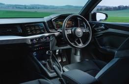 Audi A1 S line, 2019, cockpit