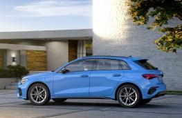 Audi A3 Sportback 40 TFSI e, 2020, side
