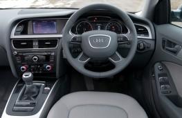 Audi A4, dashboard