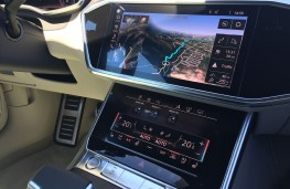 Audi A7 Sportback, 2018, display screens