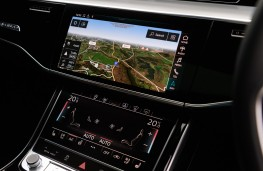 Audi A8, 2018, display screens