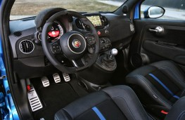 Abarth 595, 2016, interior
