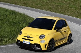 Abarth 595, 2016, side, cornering