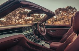 Bentley Continental GT V8 Convertible, 2021, interior
