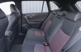 Suzuki Across, 2021, rear seats
