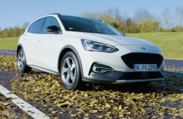 Ford Focus Active, 2019, front