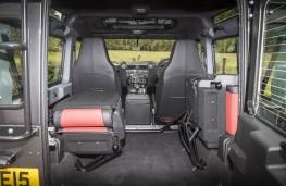 Land Rover Defender 90 Adventure, boot