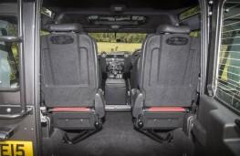 Land Rover Defender 90 Adventure, rear seats