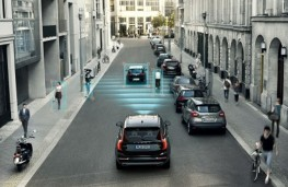 AEB detects cars and cyclists