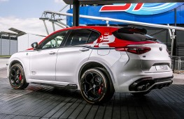 Alfa Romeo Stelvio Quadrifoglio Racing limited edition rear