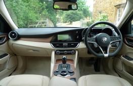 Alfa Romeo Giulia, dashboard