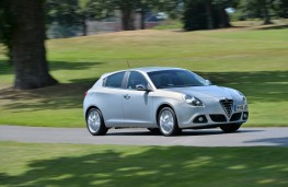 Alfa Romeo Giulietta Business Edition, front, action