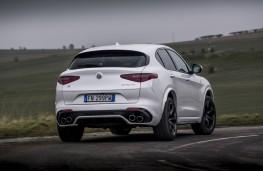 Alfa Stelvio Quadrifoglio, 2018, rear, action