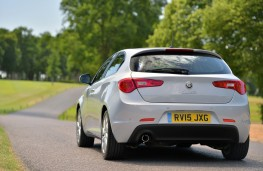 Alfa Romeo Giulietta Business Edition, rear, action