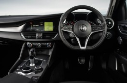 Alfa Romeo Giulia, 2017, interior