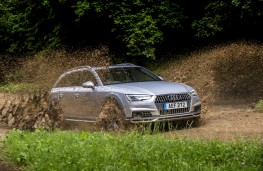 Audi A4 allroad, 2016, off road, side, action