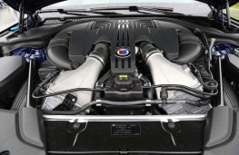Alpina B7 Bi-Turbo, 2017, engine