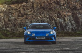 Alpine A110, full front static