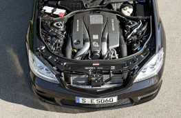 Mercedes S63 AMG, V8 biturbo engine