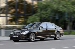 Mercedes S63 AMG, front, action