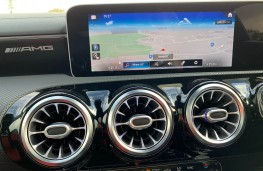 Mercedes AMG CLA 45 S 4MATIC+ Plus Coupe, 2020, display screen