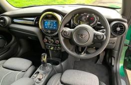 MINI Cooper Electric Level 2, 2020, interior