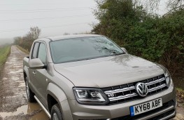 Volkswagen Amarok, 2018, front, upright