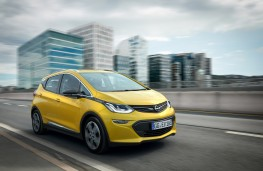 Opel Ampera-e, front, action