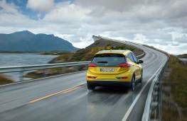 Opel Ampera-e, rear