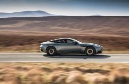 Aston Martin DB11 AMR, side