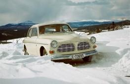 Volvo Amazon, snow