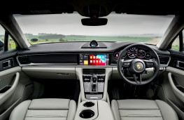 Porsche Panamera, 2021, interior