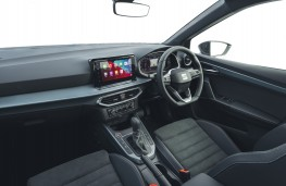 SEAT Arona, 2017, interior