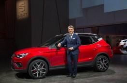 SEAT Arona, 2017, with Luca de Meo, SEAT chief executive