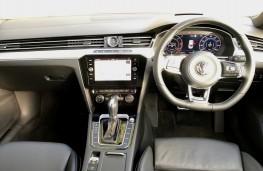 Volkswagen Arteon R-Line, 2018, dashboard
