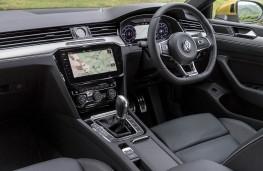 Volkswagen Arteon R-Line, 2018, interior