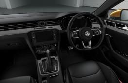 Volkswagen Arteon 2.0 TSI 272ps, 2018, interior