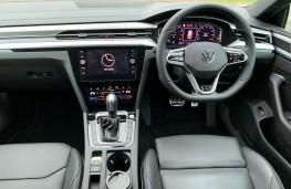 Volkswagen Arteon Shooting Brake, 2020, interior
