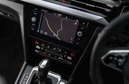 Volkswagen Arteon, 2017, display screen