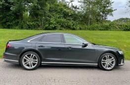Audi S8, 2021, side