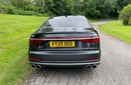 Audi S8, 2021, tail