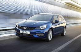 Vauxhall Astra, 2019, front, action